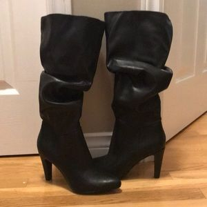 Wide width Size 8 Boots